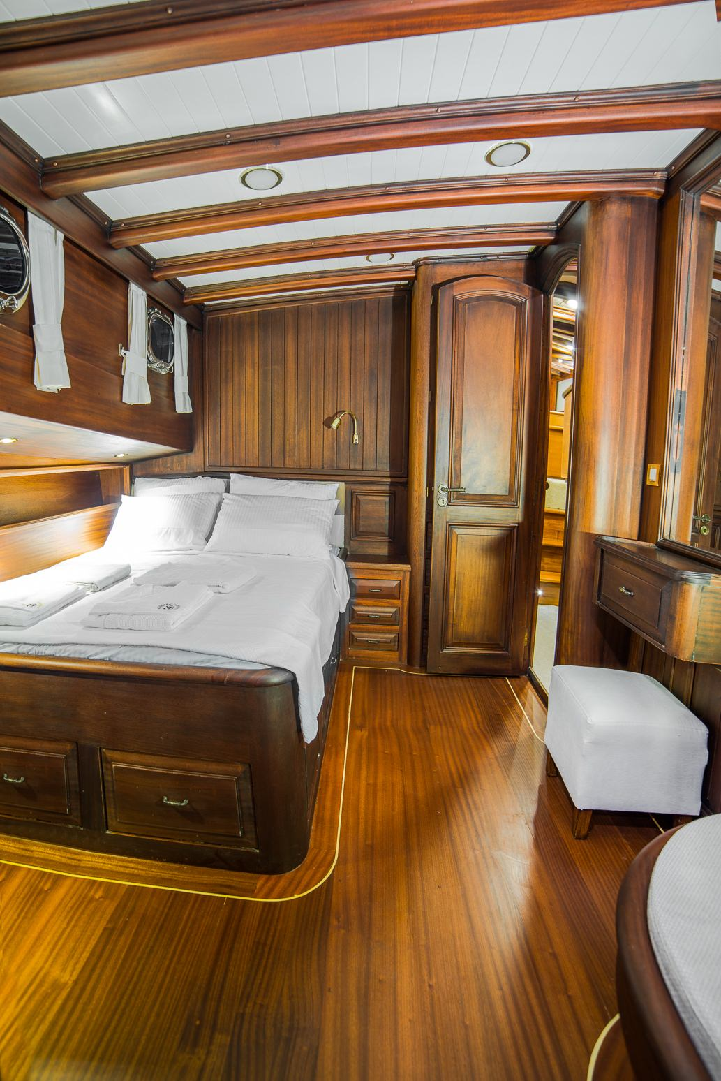 Double3 cabin
