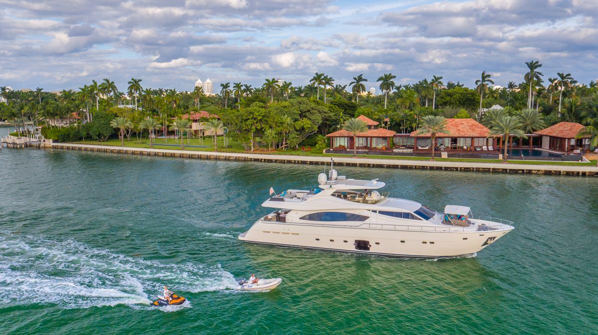 motor yacht CINQUE MARE