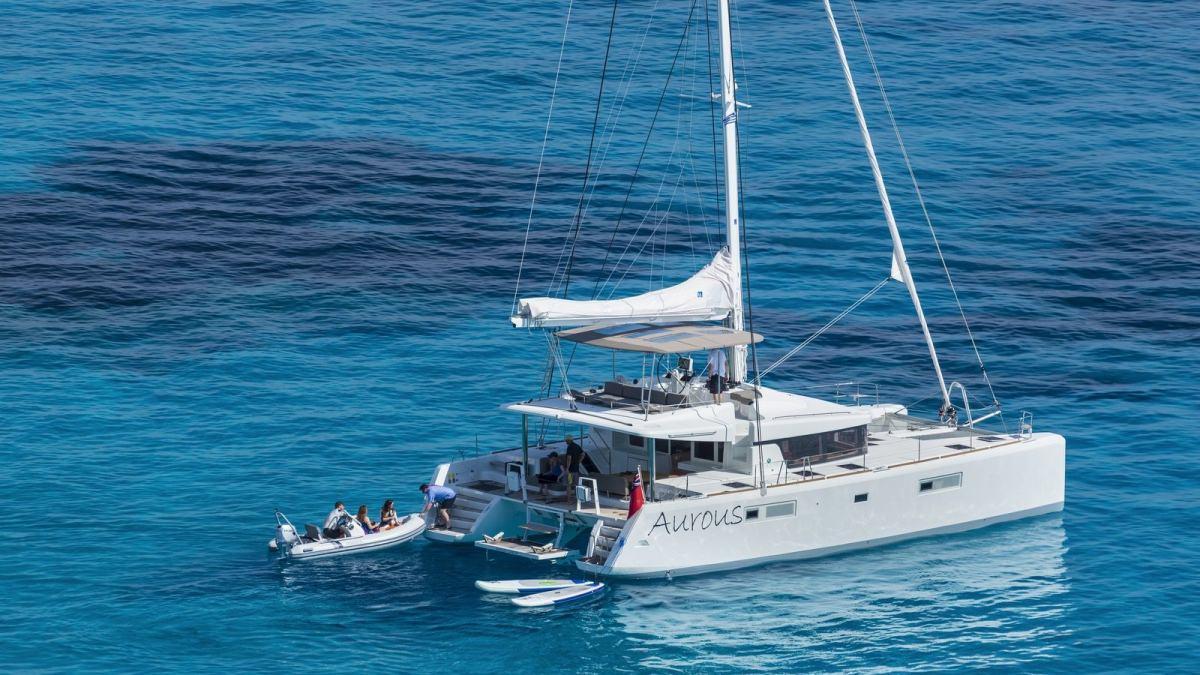 Sailing Yacht Lagoon 52