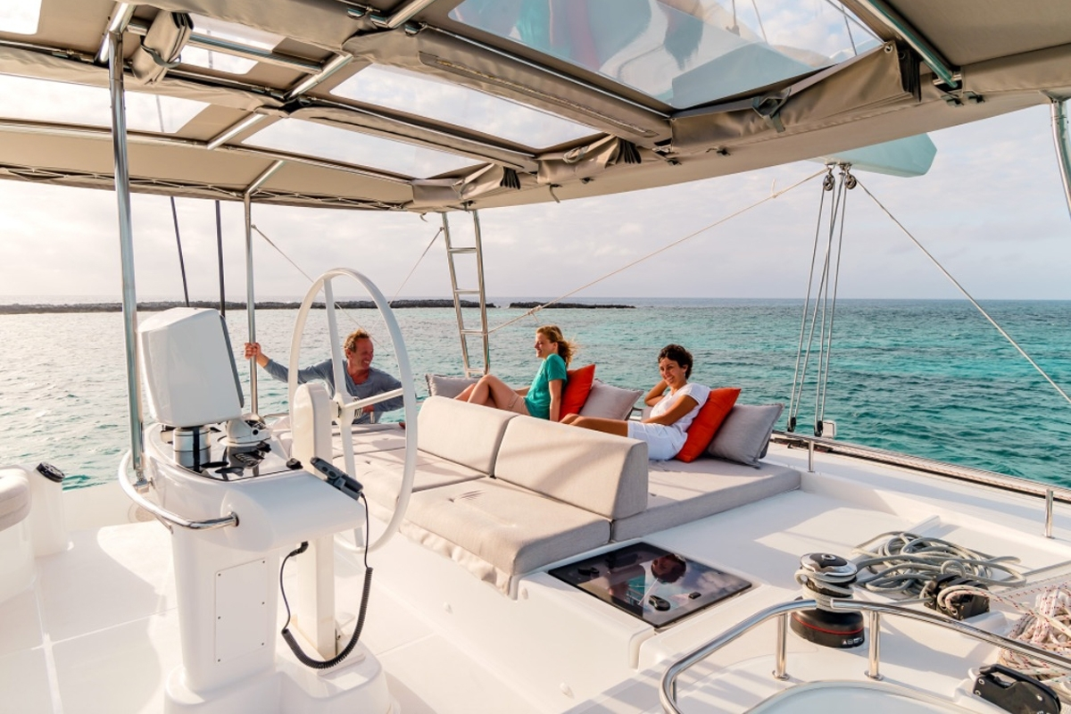 Catamaran Charter Summertime