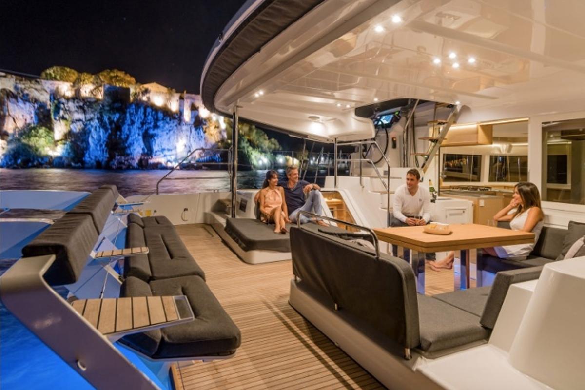 Catamaran Summertime