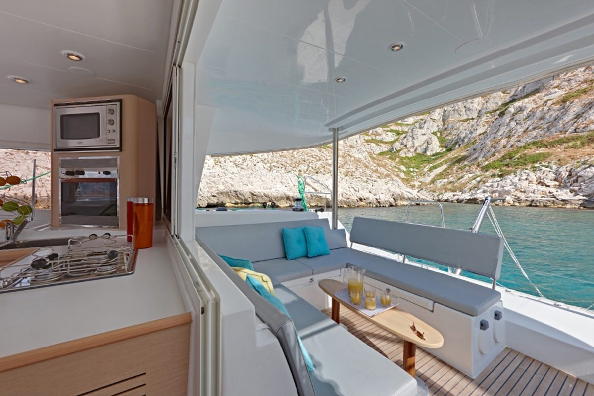 Catamaran Maisha