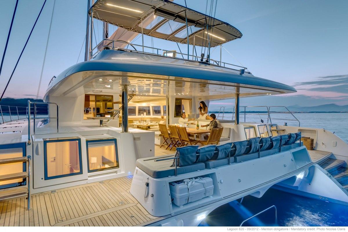 Catamaran Lady Rachel