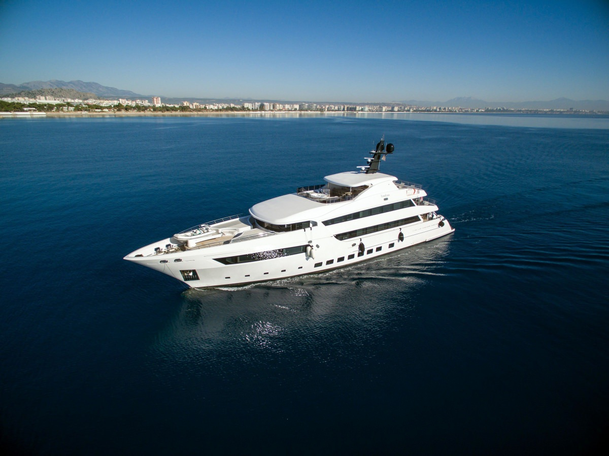 motor yacht BEBE