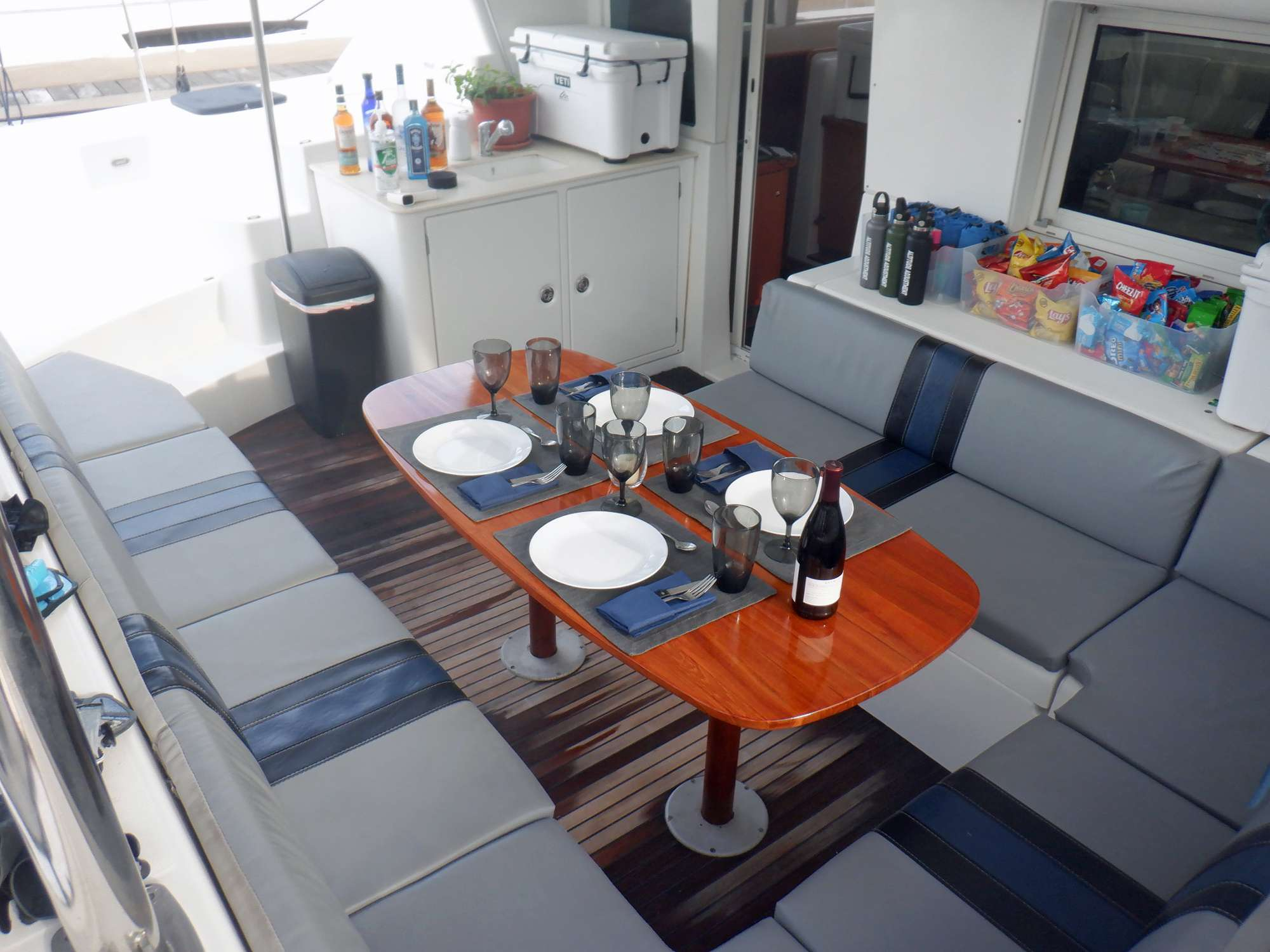 Spacious seating on aft deck