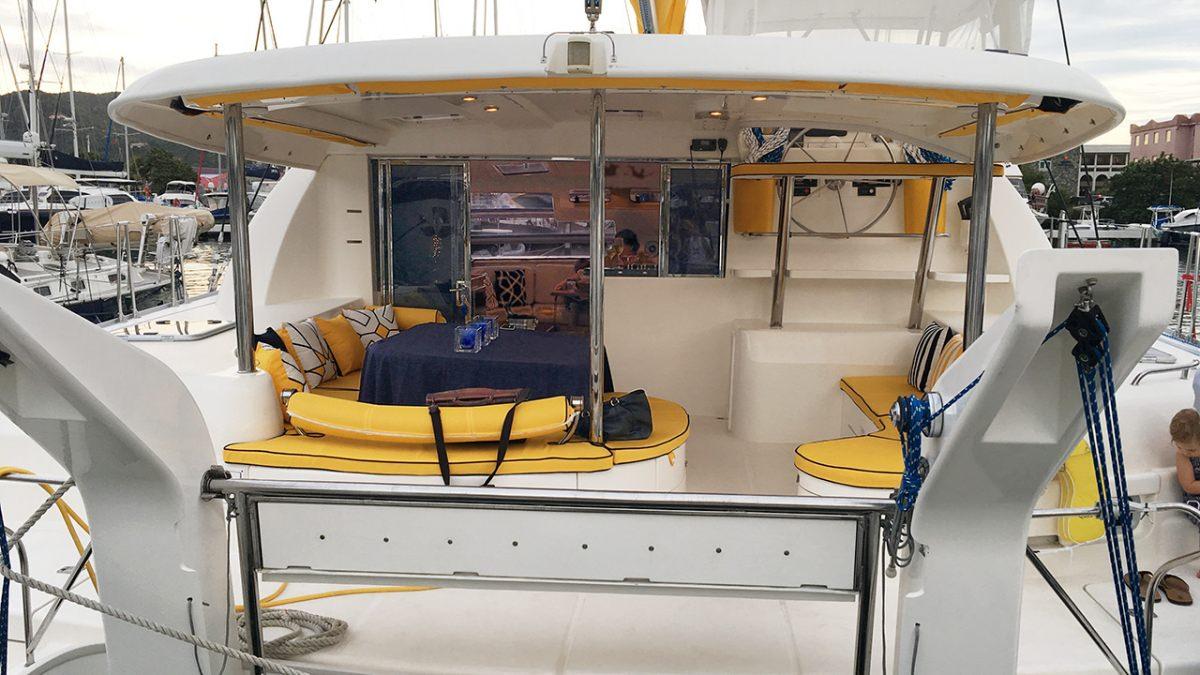 Catamaran Charter Firefly 46
