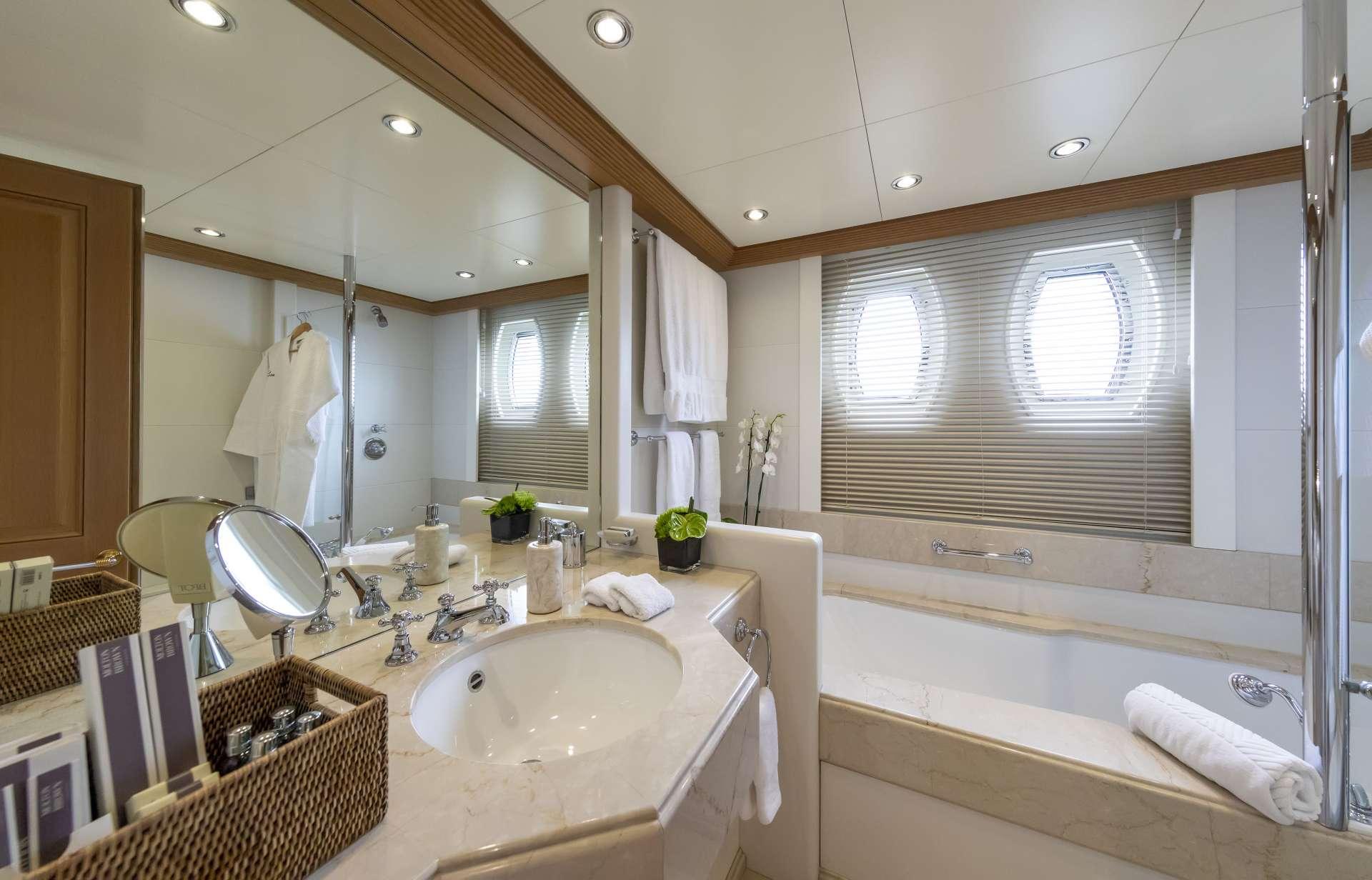 Double cabin 2
