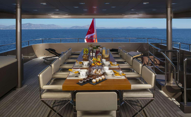 Main Deck Dining Aft