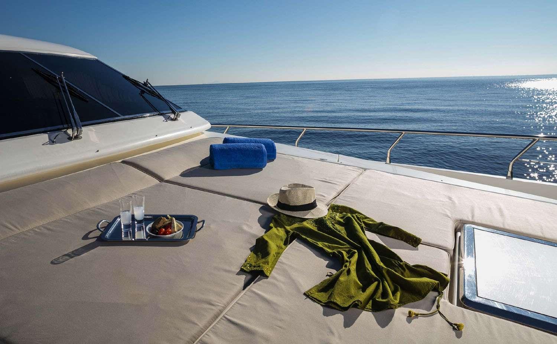 motor yacht MYTHOS