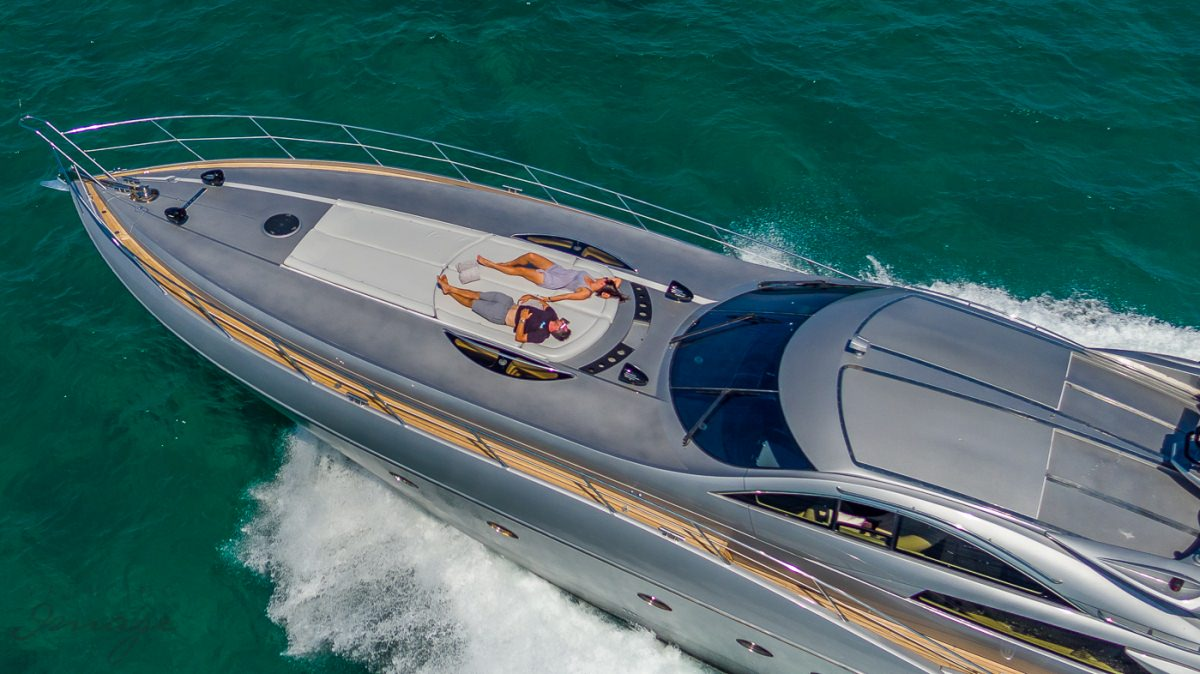motor yacht H2 GROUP