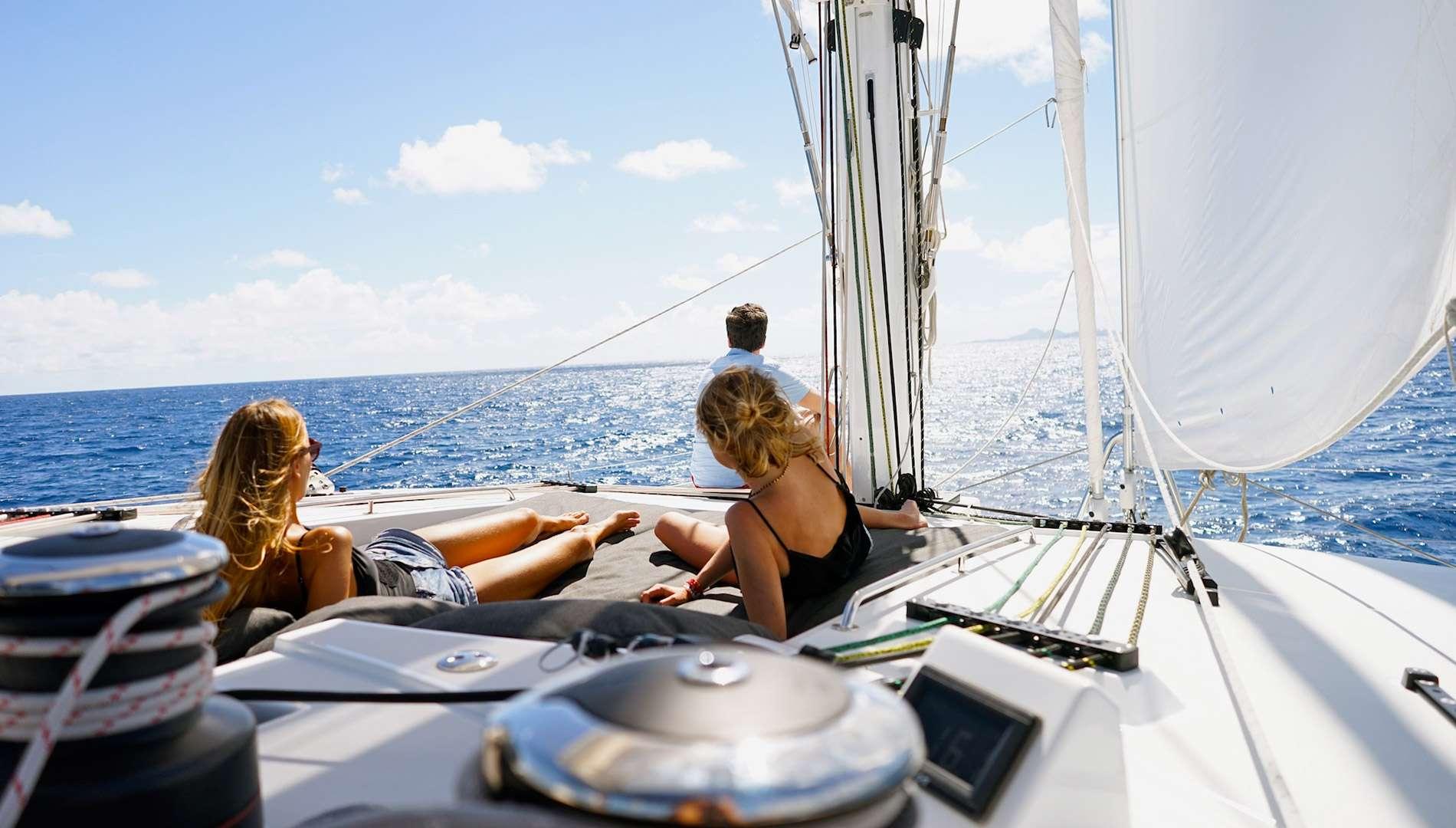 Yacht charter Kaskazi Four
