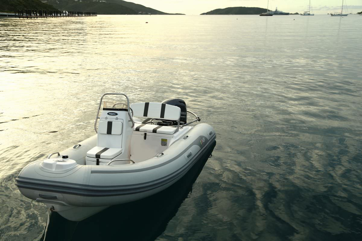 Tender with 60hp for watertoy fun