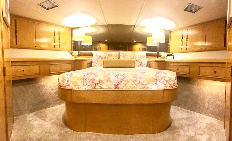 VIP, Bay Rum Suite