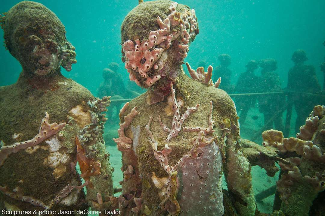 Underwater scupltures
