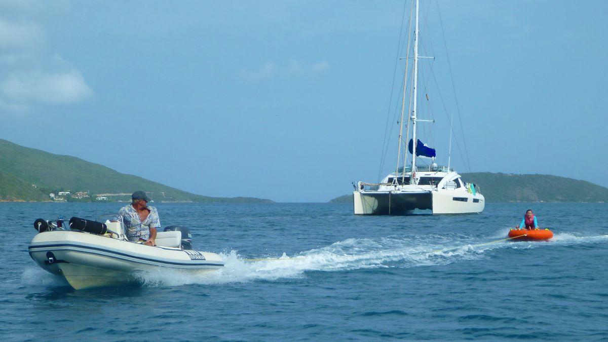 Catamaran Charter Island Time (cat)