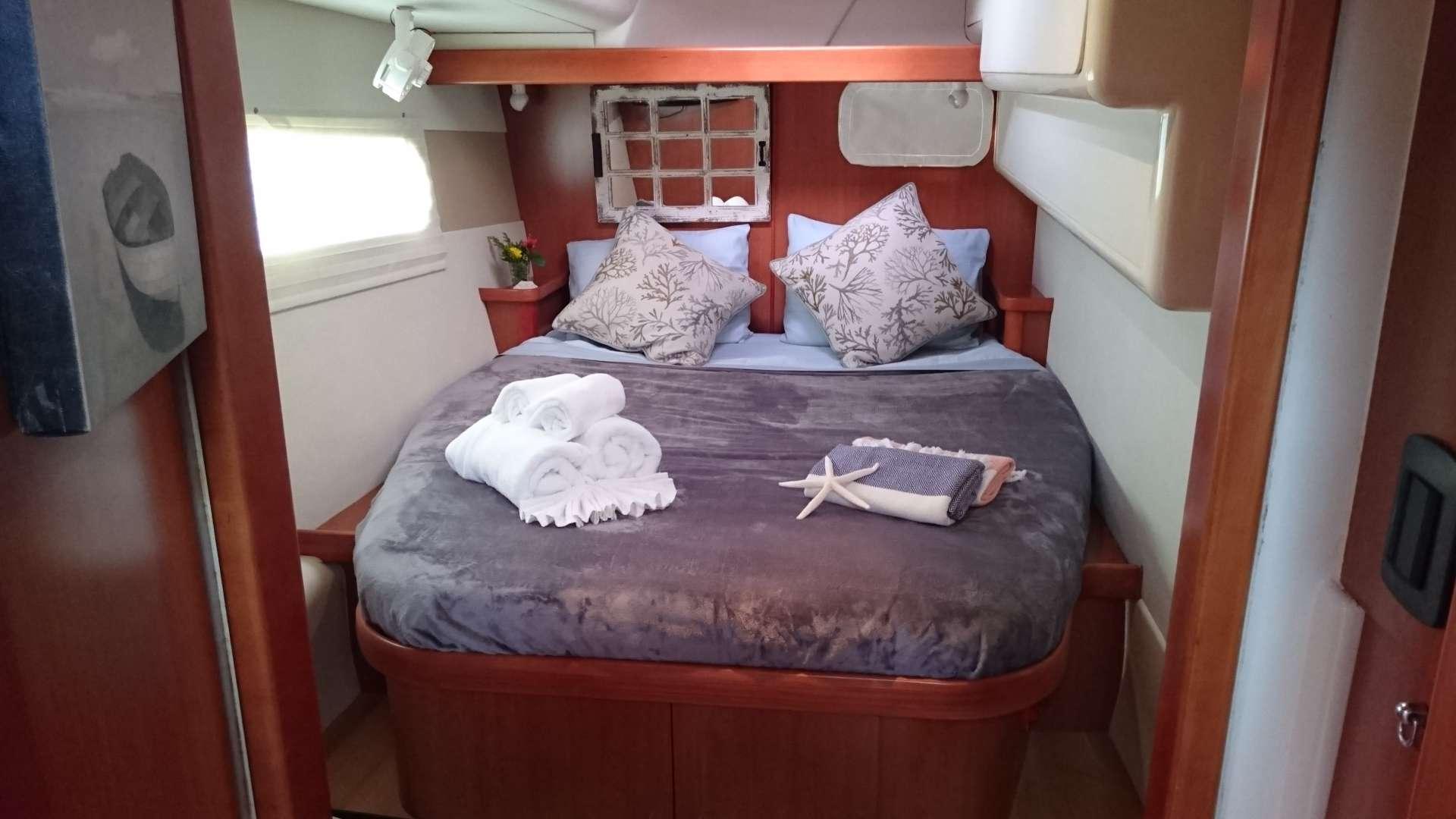 Aft queen guest suite
