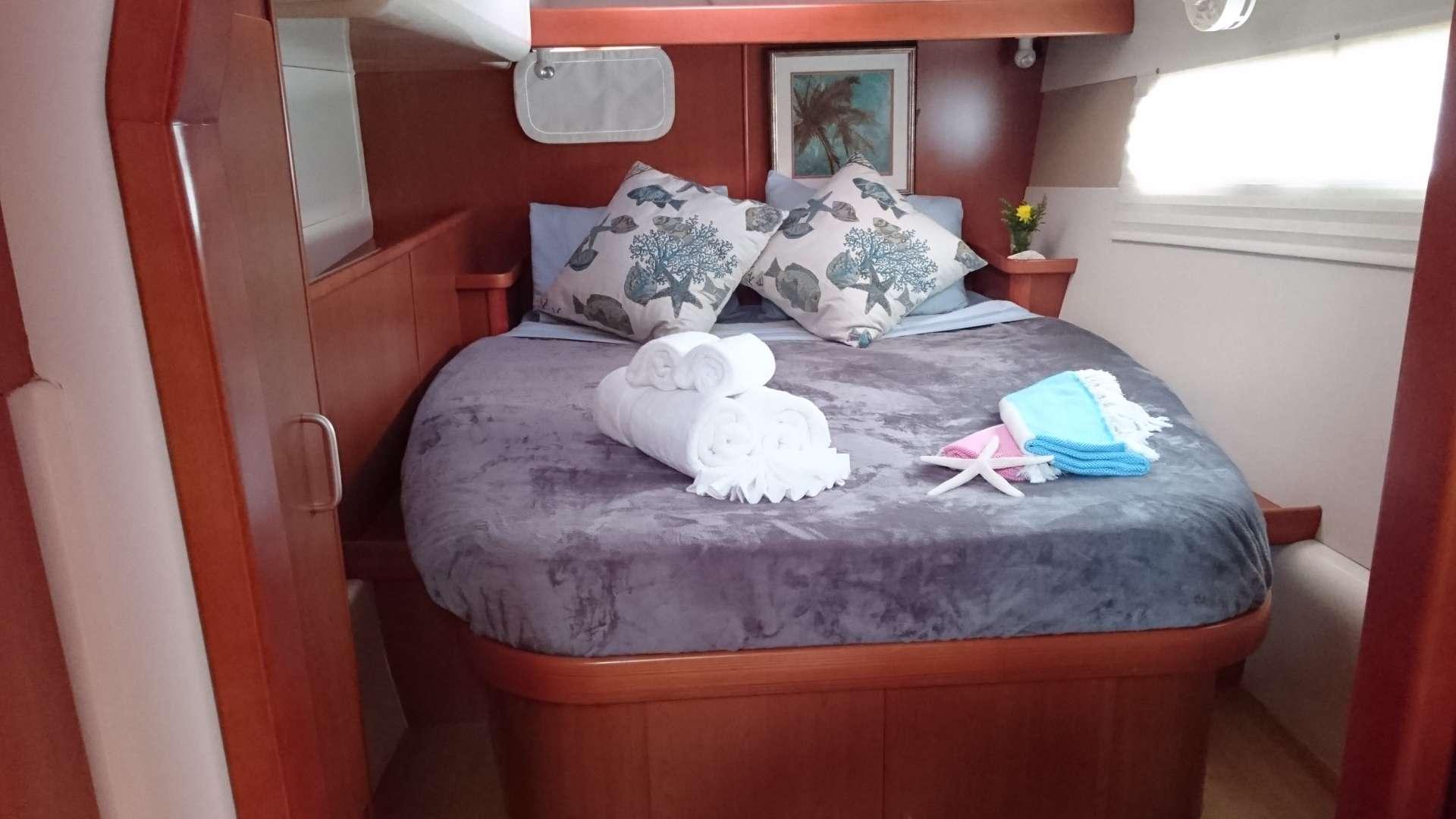 Port aft guest queen suite