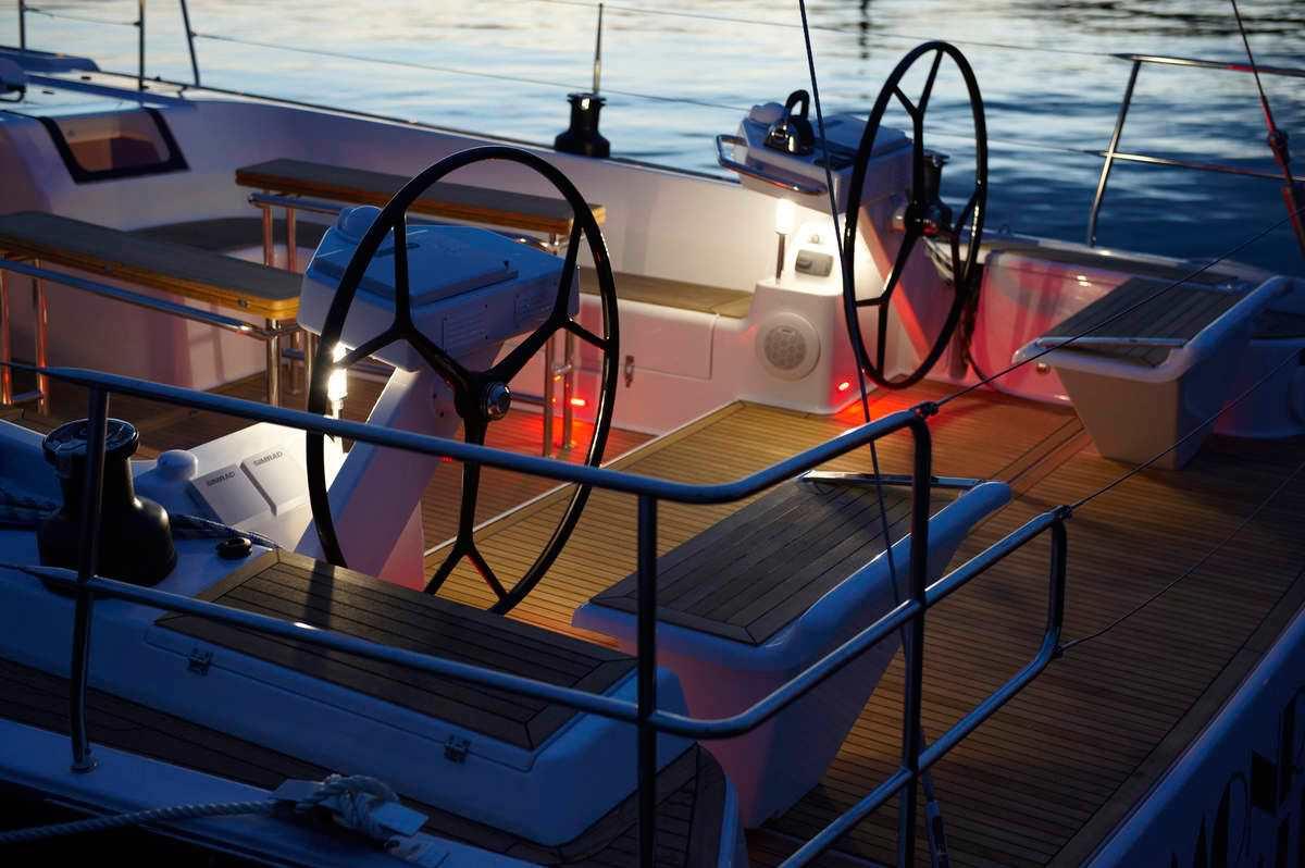 AMAROO yacht image # 9
