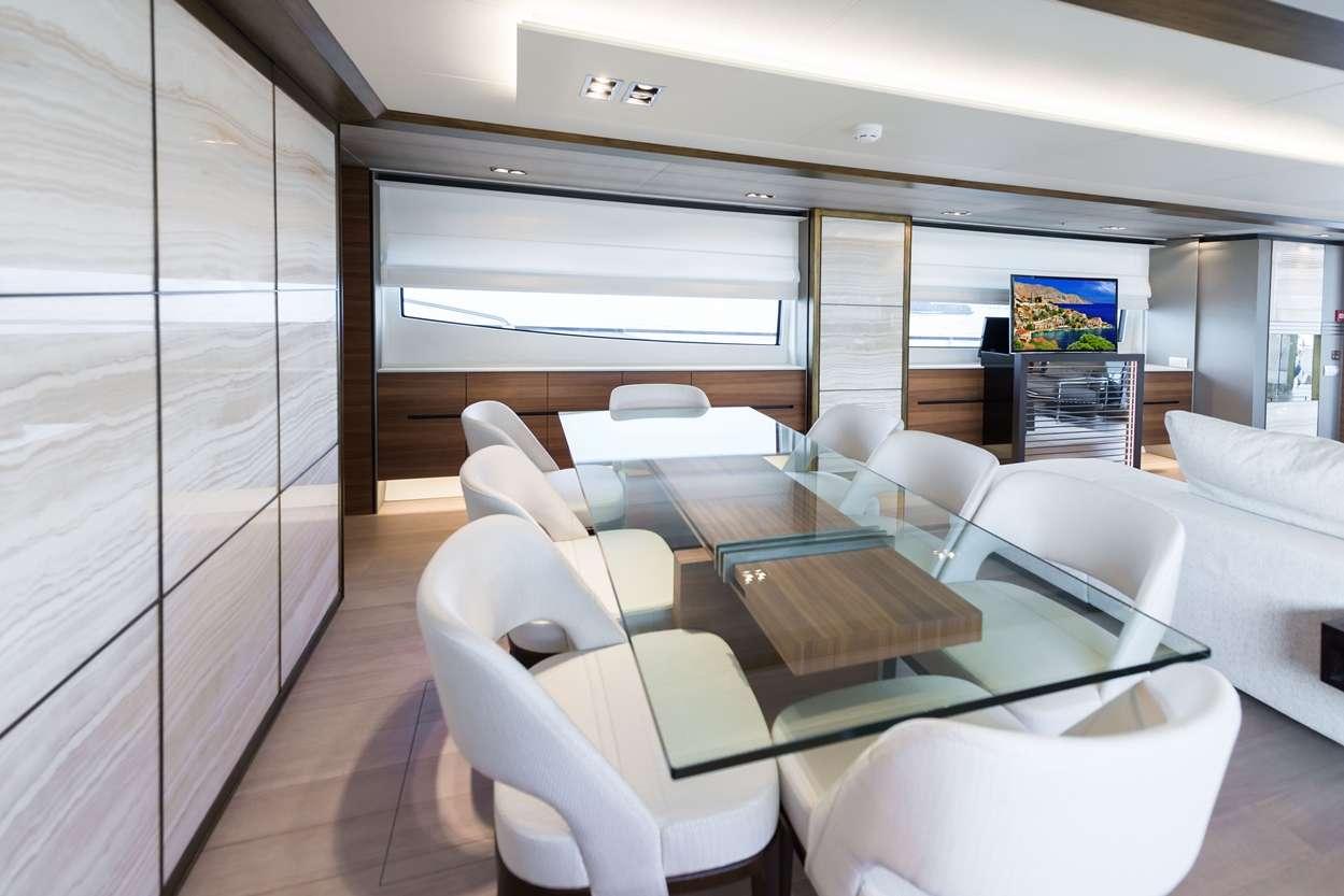 motor yacht LARA