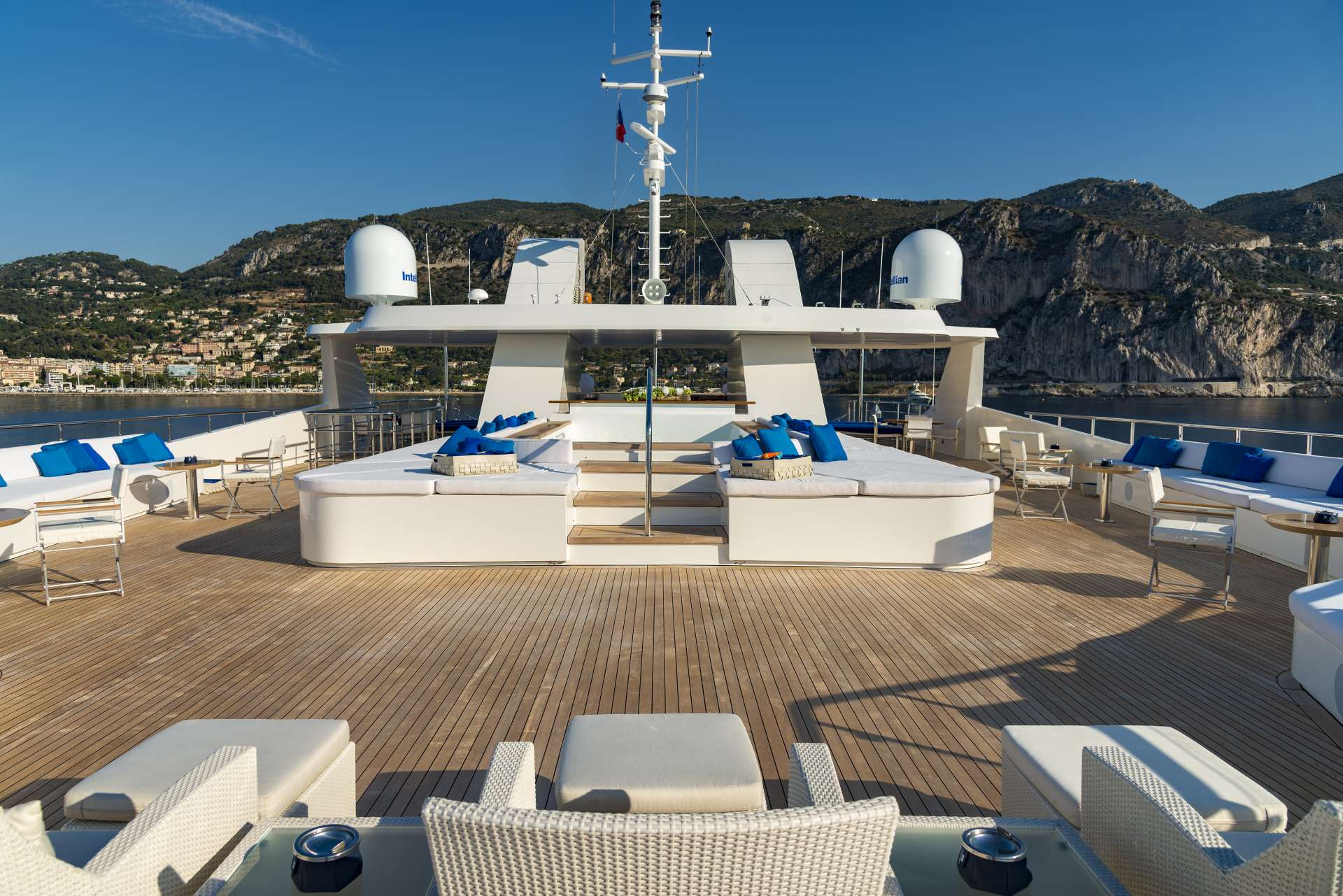 motor yacht SERENITY
