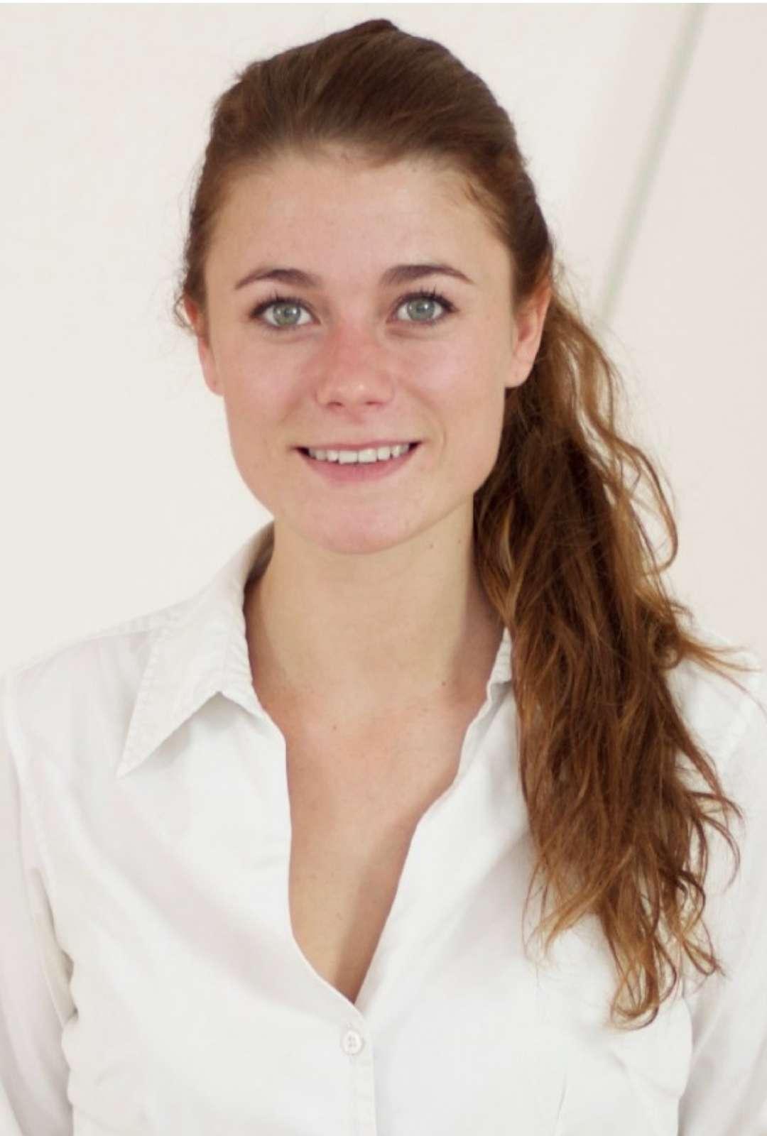 Sylvie Neveu Chef/Hostess