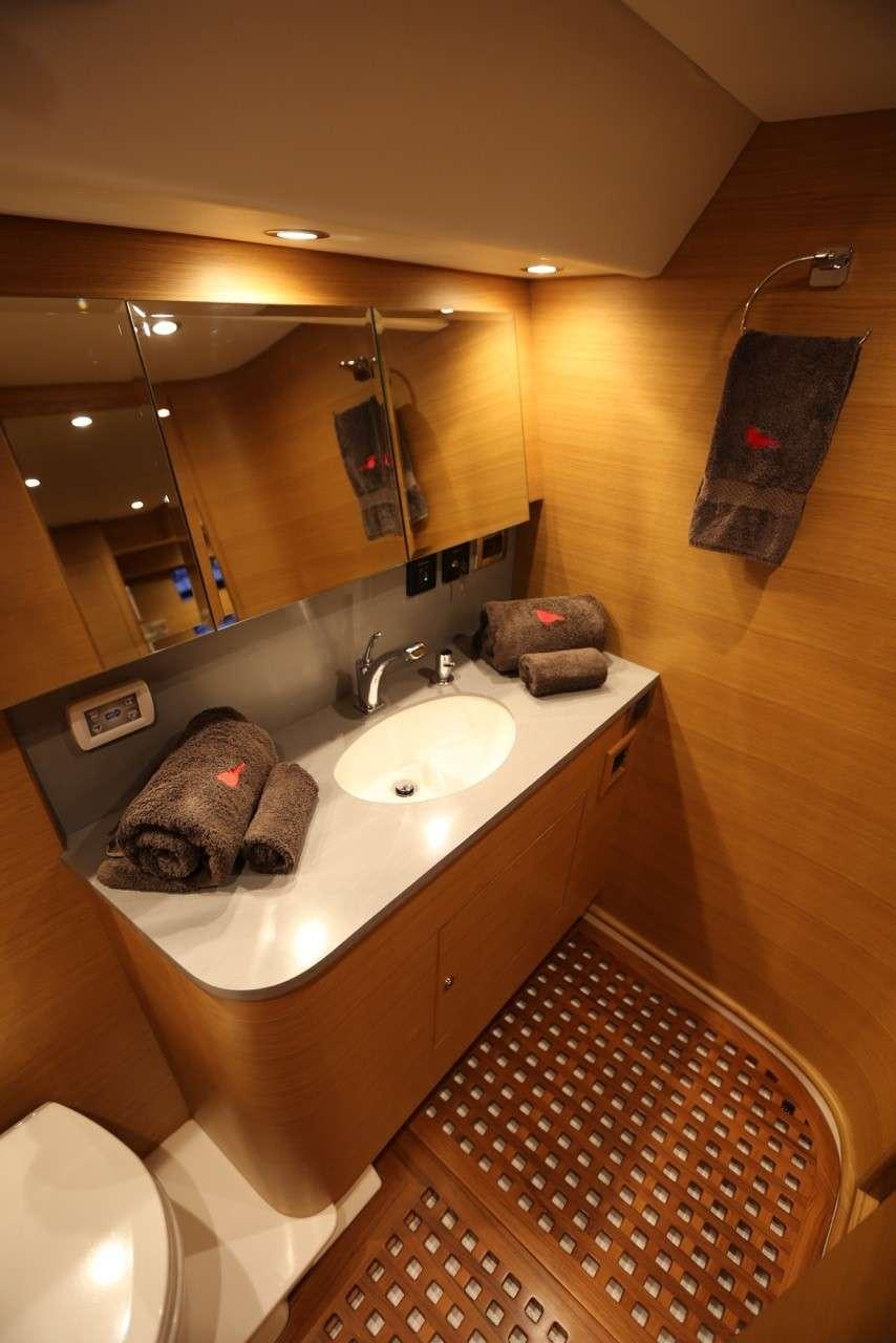 BLUE STAR yacht image # 8