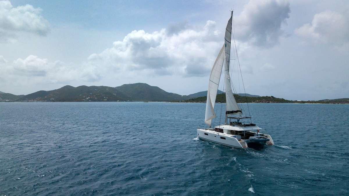 Catamaran Charter Grande Dame