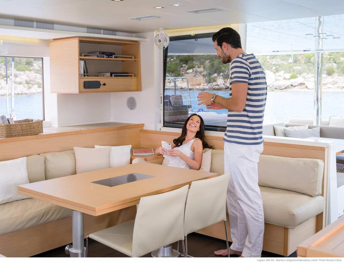 Yacht charter Starlight