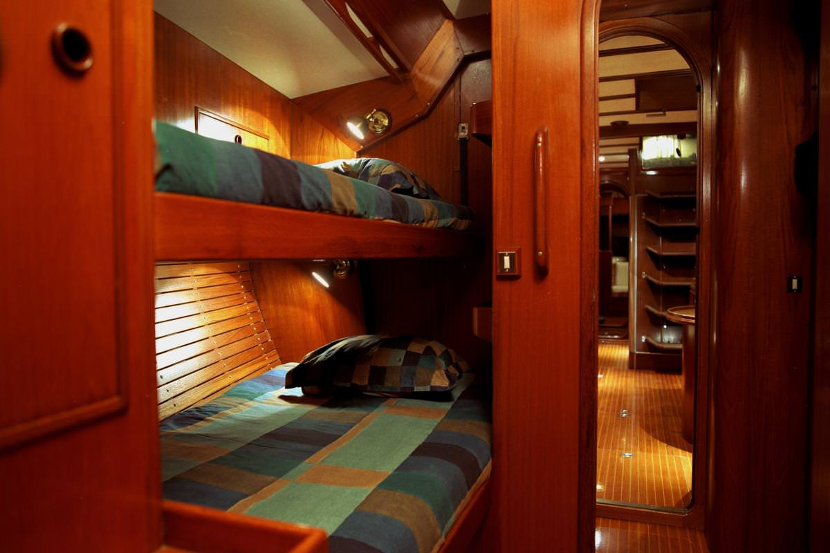 Stb Cabin