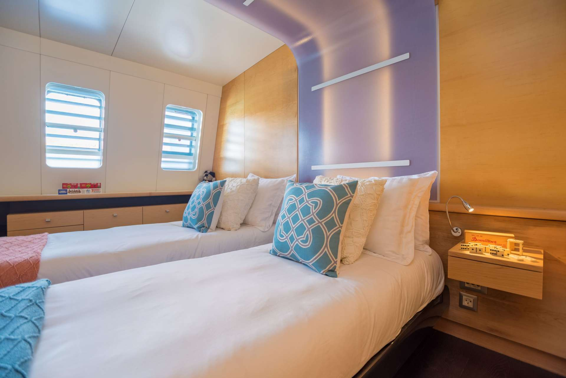 Convertible King to Twin Stateroom