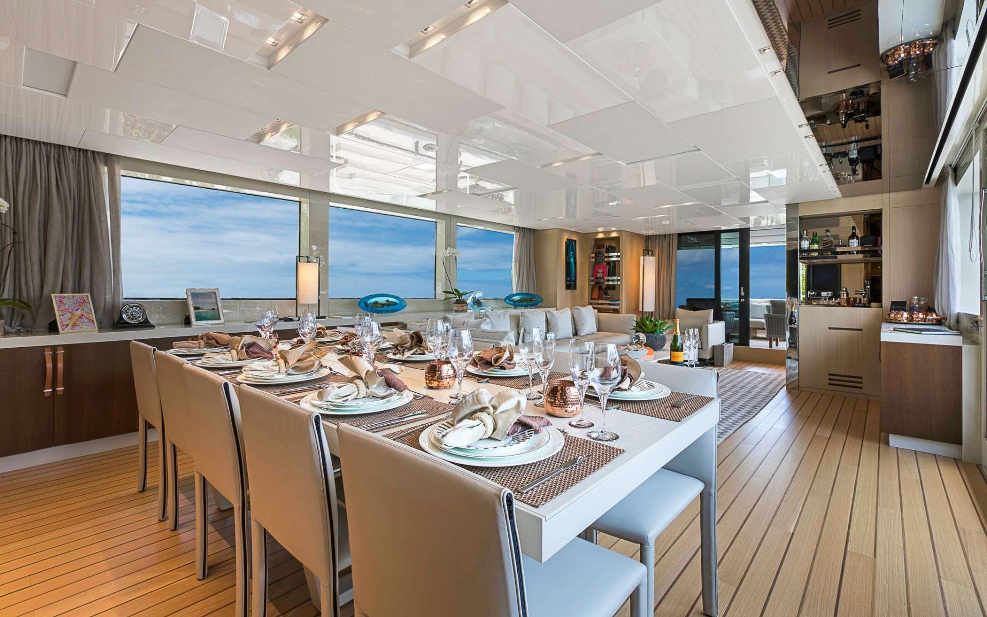 motor yacht FREDDY