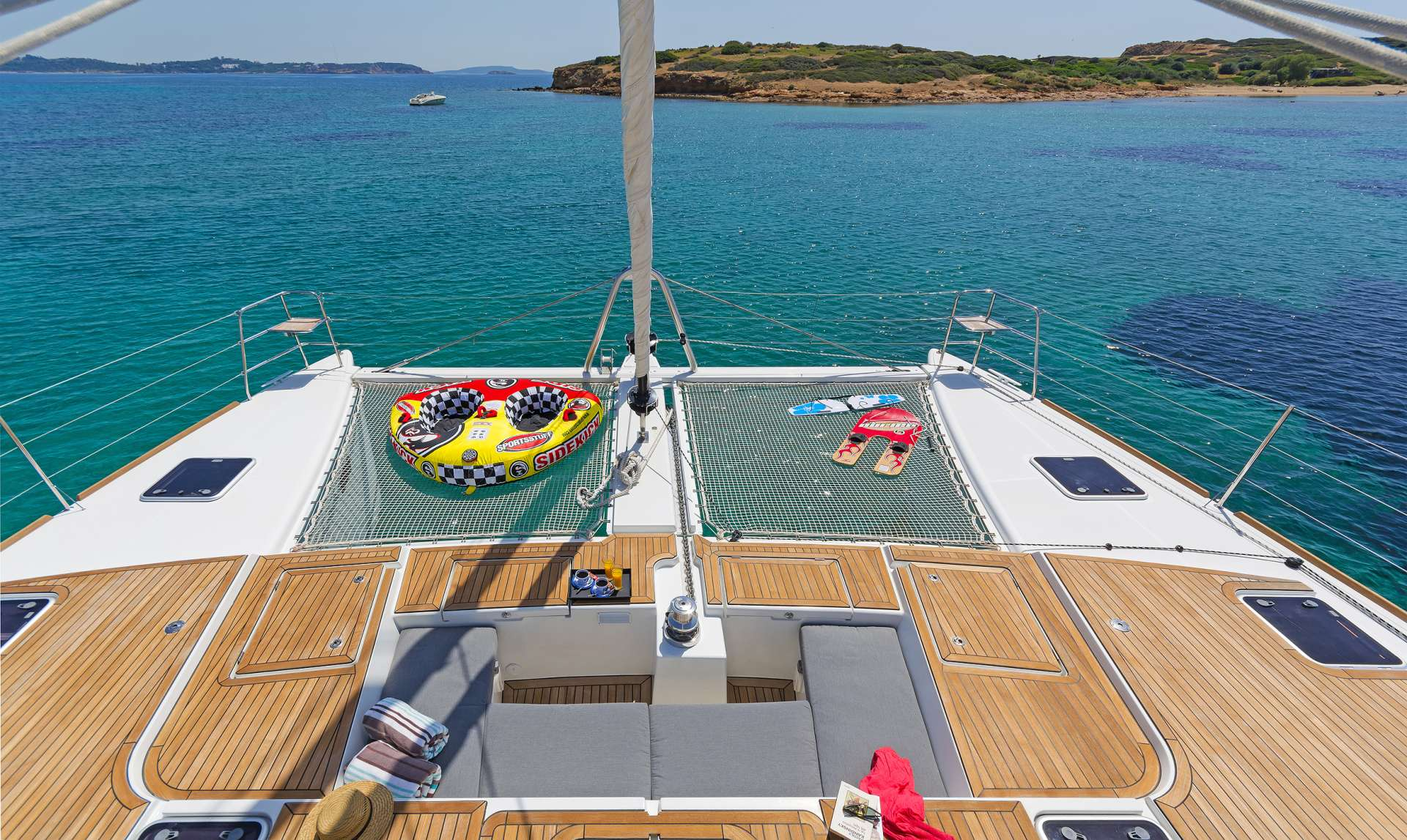 Catamaran Charter Sea Bliss