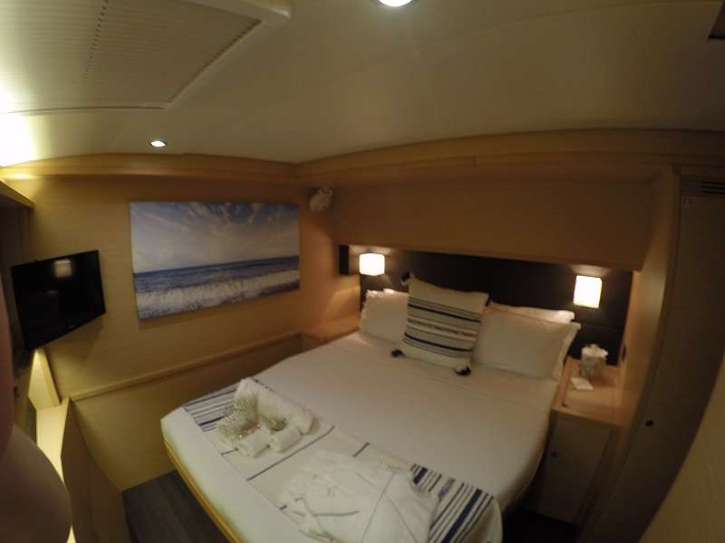 All cabins have Smart TV