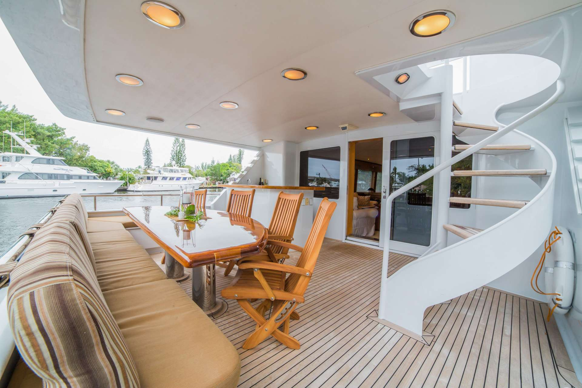 motor yacht LADY LEX