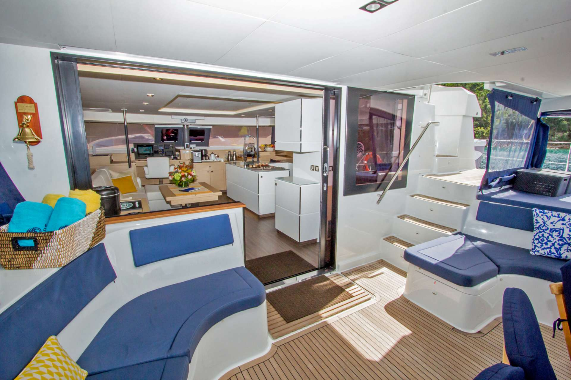 Spacious Aft Deck and Salon Entrance