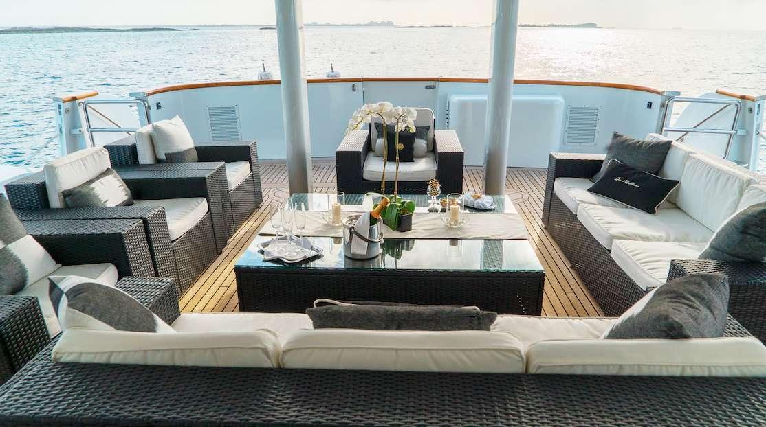 motor yacht GRAND ILLUSION