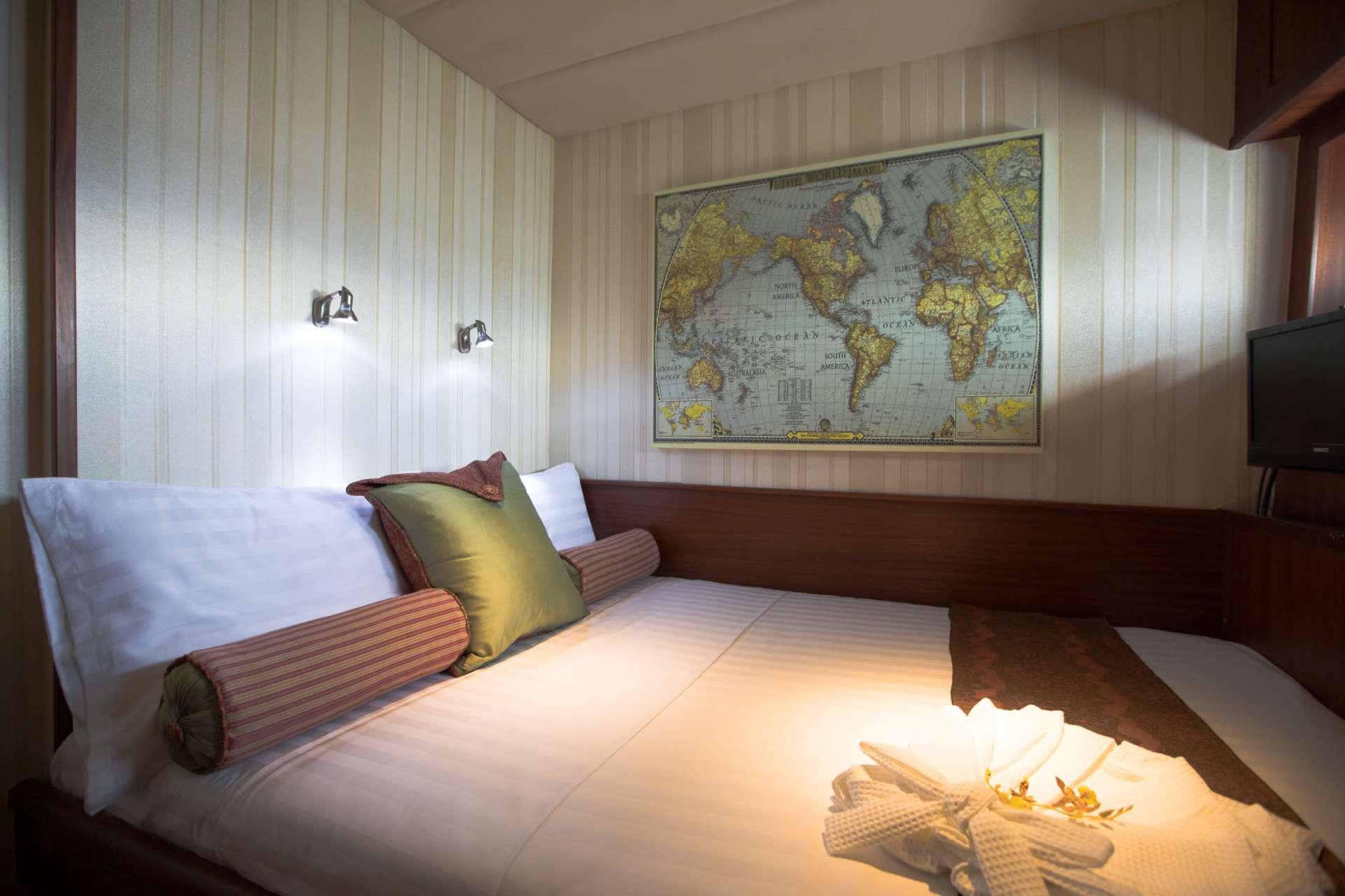 2 x  VIP with en-suite facilities.
