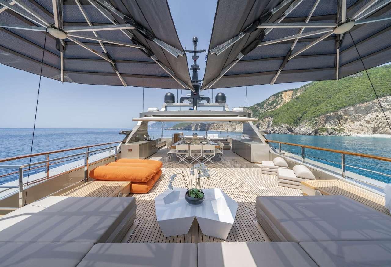 motor yacht Giraud