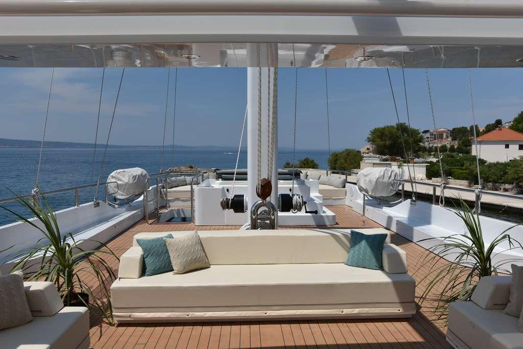 Aiaxaia - sun deck