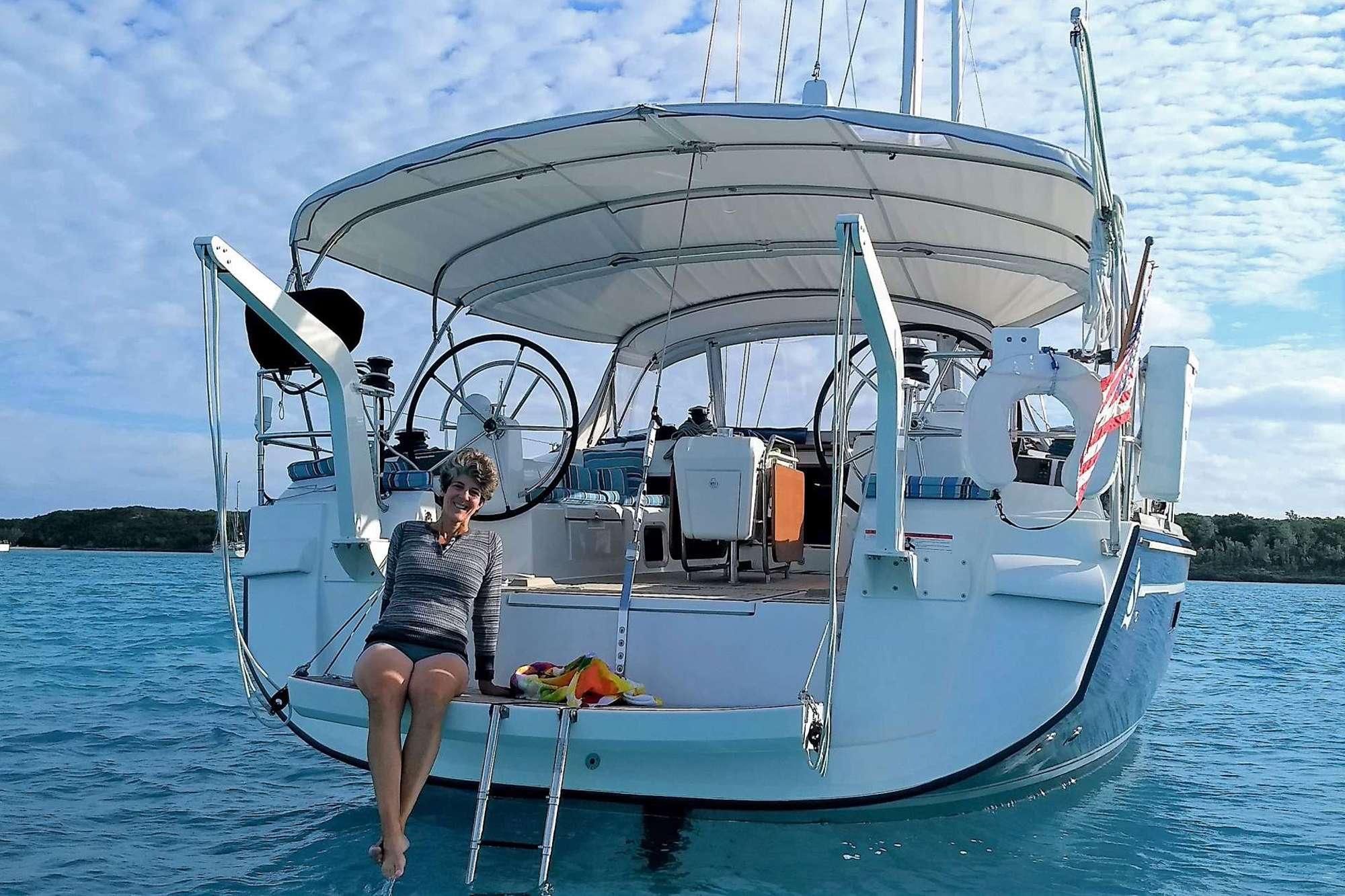 DAUNTLESS yacht image # 10