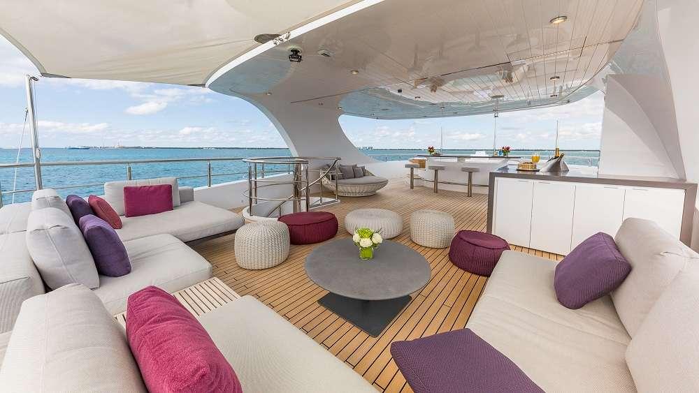 motor yacht BIG SKY