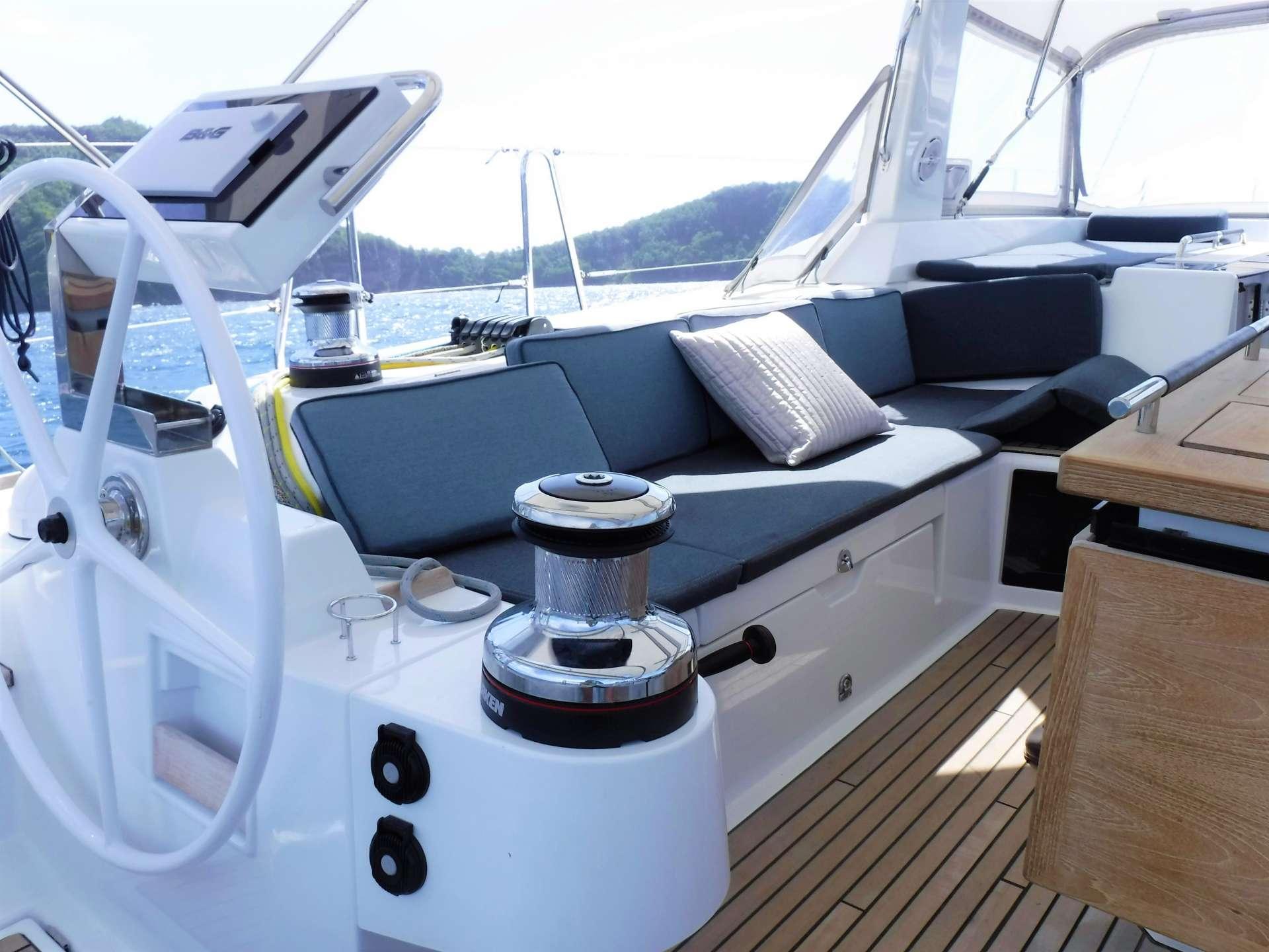 Good Vibrations yacht image # 11