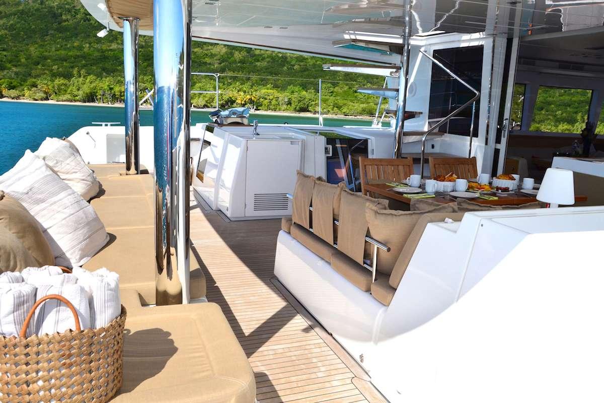 Catamaran Bacchus