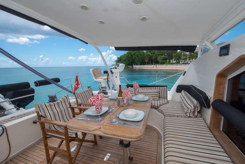 Catamaran Charter Safari