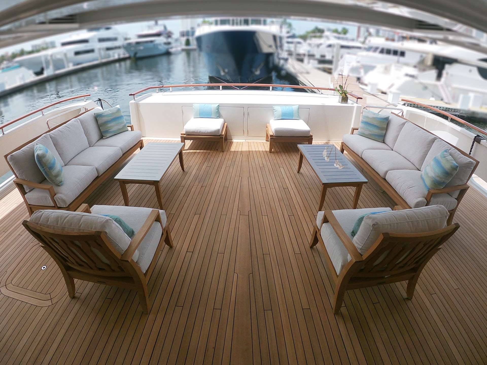 Main Aft Lounge