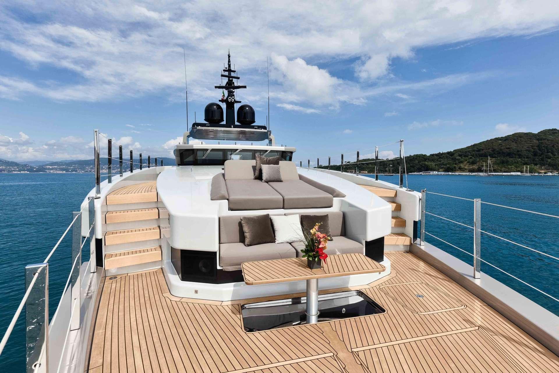 motor yacht JEDI