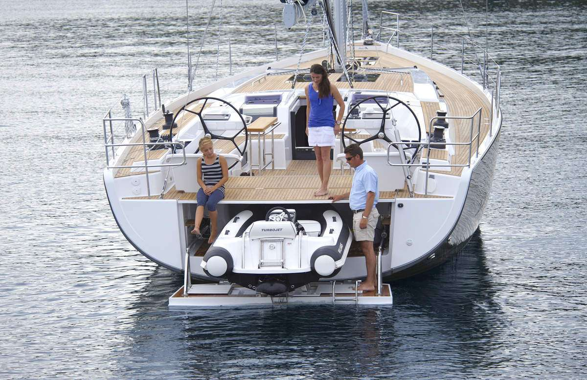 Lilith yacht image # 12