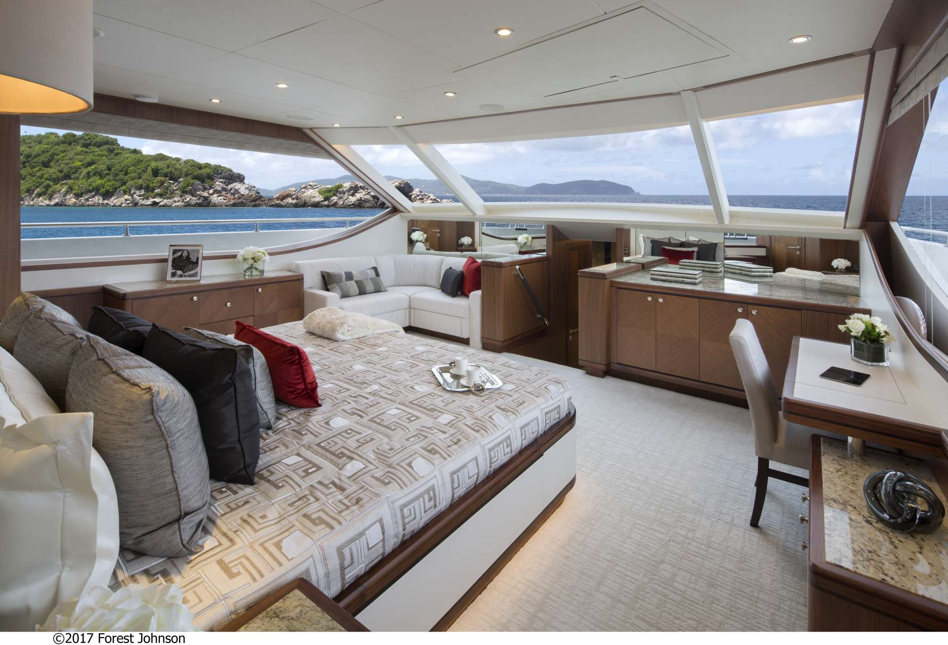 motor yacht SUGARAY