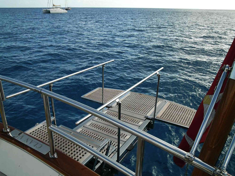 Swimmin platform