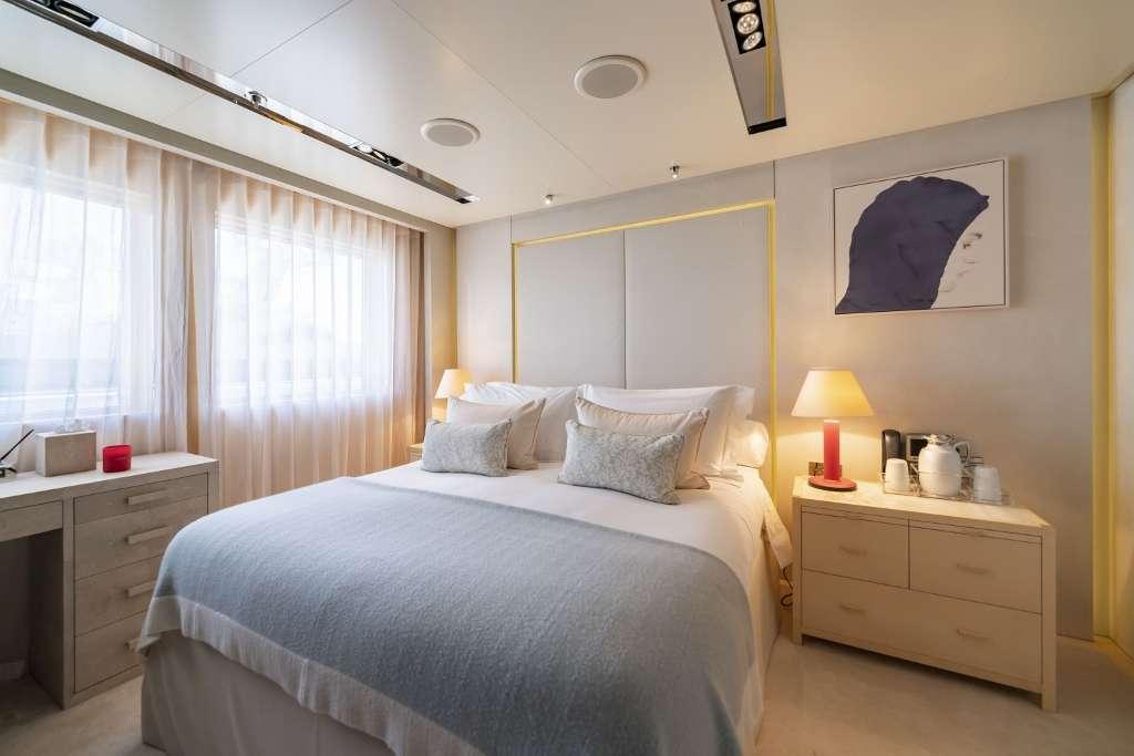 Double Cabin - Upper Deck